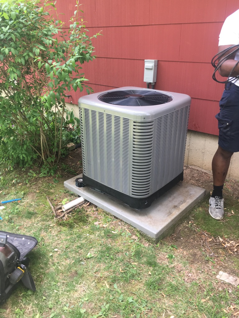 New Ruud Condensor and Indoor Coil installed in Cinnaminson, NJ